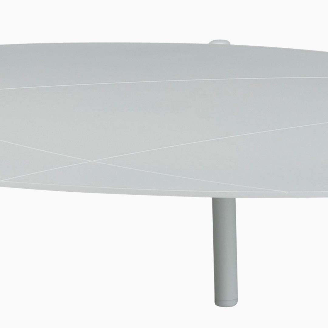 Tisch St. Pierre - L